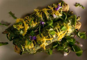 Im Ofen überbacken mit Hollandaise und Reibekäse