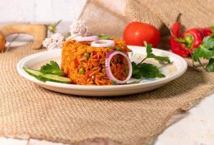 Ðjuveč Reis ist ein Gemüsereis aus der Pfanne