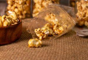 Ihr kennt sicherlich Karamell Popcorn oder Toffee Popcorn