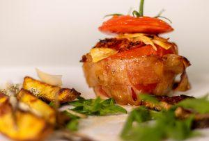 Love Pigs not Pork! Gefüllte Tomaten Facon Bombe!