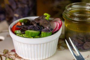 Köstlich als Topping auf Salaten oder Bowls