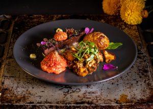 Zarte, selbstgemachte, vegane Steaks