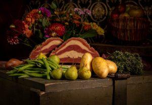 Räucherschinken aus Seitan - hier für vegane Birnen, Bohnen und Speck