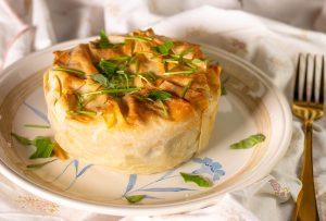 Herzhafte, herbstlich gefüllte Pasteten aus luftig-krossem Strudelteig